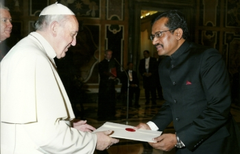 Ambassador M.K.Lokesh presenting Credentials to His Holiness The Pope( May 15, 2014)