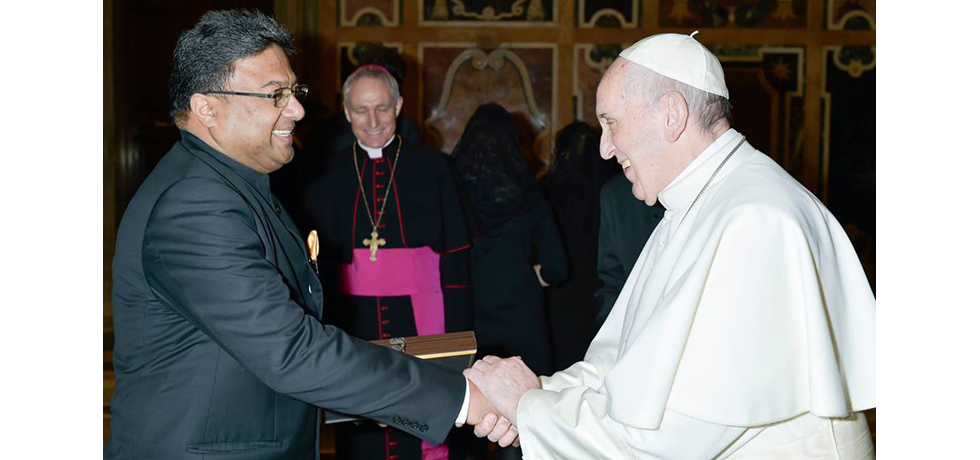 Ambassador Sibi George presents Credentials to His Holiness Pope Francis at The Vatican on 14th  December 2017