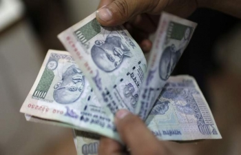 India is world's fastest growing economy, GDP at 7.7%