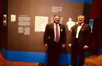 Ambassador with Director Dr. Johannes Beltz at 'Next Stop Nirvana' Exhibition