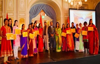 Felicitated the saree event participants in Bern on April 9th 2019