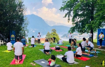 Yoga - at the serene landscape of Lugano on June 15th 2019