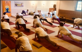 IDY 2019 celebrations at Mata Amritanandamayi center in Flaach on  June 27th 2019