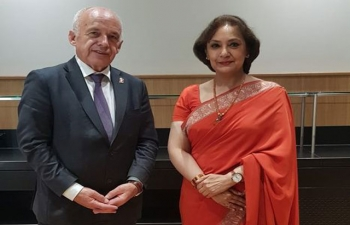 Amb (designate) Ms. Monika Kapil Mohta with Federal Councillor H.E. Mr. Ueli Maurer and H.E. Mr. Nik Gugger, MP & President, Swiss-Indian Parliamentary Group on the sidelines of the 35th Annual General Meeting of Swiss - Indian Chamber of Commerce on September 8 in Berne.