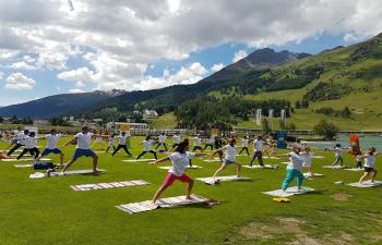 Yoga in Davos: 7th International Day of Yoga